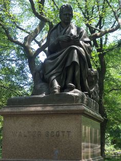 Central Park: statua di Walter Scott