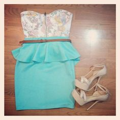 Floral corset with mint peplum skirt and nude heels #ootd #outfit #fashion #style #mint #peplum #skirt #bustier #corset #floral #nude #heels
