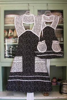 1940 Black Polka Dot Mother Daughter Aprons