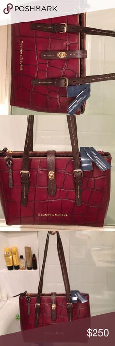 NWT DOONEY & BOURKE PURSE BAG MILLER SHOPPER WOW! New with tags gorgeous Dooney and Bourke purse Miller shopper bag lots of storage, measures approximately 9 x 12.5, 3 slip pockets inside and a zip, two large zip openings also in main area Dooney & Bourke Bags Shoulder Bags