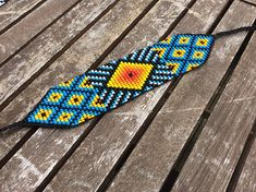 Corte colombiana medicina Bead Loom Patterns, Peyote Patterns, Beading Patterns, Loom Beading, Creative Crafts, Ring Earrings, Seed Beads, Glass Beads, Loom Patterns