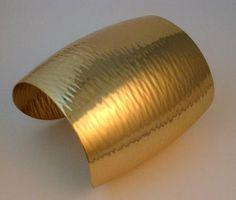 """Signed Napier 1976 """"Shimmer"""" Cuff Bracelet #vintagejewelry #vintagebracelet #Napier #cuffbracelet $72.00"""