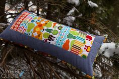 How to Make a Basic Pillow + How to Finish a Pillow with Binding « Sew,Mama,Sew! Blog