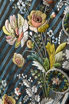 Detaljbild på Axel von Fersens dräkt. Foto: Mats Landin © Nordiska museet