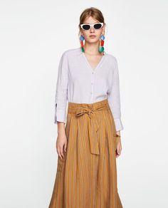 изображение 1 из БАЗОВАЯ РУБАШКА ИЗО ЛЬНА от Zara Online Zara, Zara United States, Embroidered Blouse, Ideias Fashion, Skirts, Outfits, Tops, Portugal, Colours