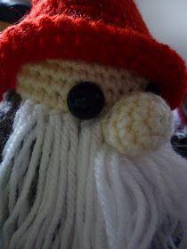 "La calle de la abuela: La familia Tomtez: ""Papá Tomtez"". Patrón Beanie, Aurora, Angeles, Bag, Crochet Dolls, Amigurumi Patterns, Holiday Ornaments, Street, Angels"