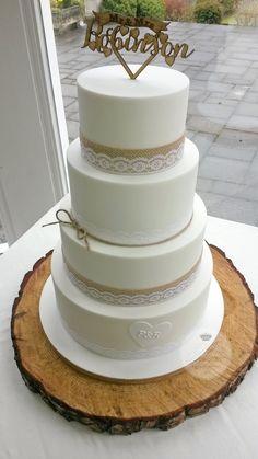 Hessian & lace wedding cake