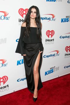 Selena Gomez Gets Witchy for 102.7 KIIS FM's 2015 Jingle Ball Concert - Fashion and lifestyle News - Yahoo Style Canada