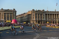 TDF 2013 stage 21.  Racing into the streets of Paris.