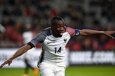 Jouez et tentez de remporter des tenues de football dédicacées par Blaise Matuidi à l'occasion de la Danone Nation Cup !