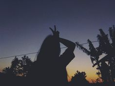 Profile Pictures Instagram, Ideas For Instagram Photos, Creative Instagram Stories, Silhouette Photography, Shadow Photography, Self Portrait Photography, Teen Girl Photography, Tumblr Photography, Nature Photography