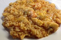 Arròs amb rap i gambes Spanish Dishes, Spanish Food, Food N, Good Food, Food And Drink, Avocado Recipes, Rice Recipes, Kitchen Dishes, Bon Appetit
