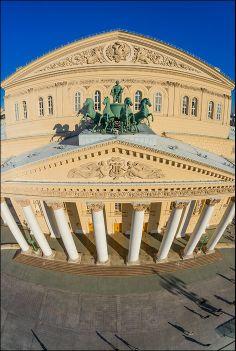 У Большого театра (airpano.ru)