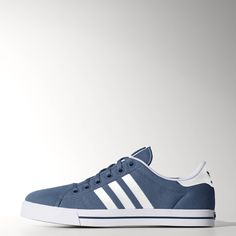 61db7eb72b6654 Vintage tennis trainers get a modern skate update. These men s shoes are a  slimmed-