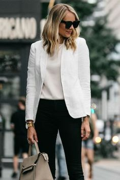 Fashionable minimalist street style 66
