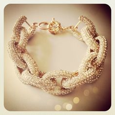 Enter to win my favorite bracelet from @gigglosophy on the blog! {www.southernshopaholic.com}