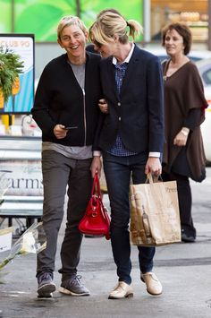 Ellen DeGeneres and Portia de Rossi Out in LA December 2015 | POPSUGAR Celebrity