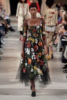 Sheer floral midi dress - New York Fashion Week Oscar de la Renta RTW Fall 2018