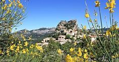 Happy first day of Spring with La Roque Alric !© Alain Hocquel #Vaucluse #provence #provenceguide #picoftheday #photooftheday #igersvaucluse #igersprovence #laroquealric #dentellesdemontmirail