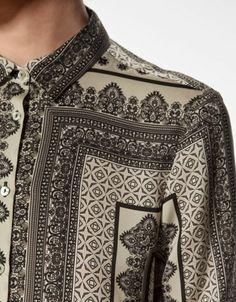 Black and white printed silk blouse. Printed Blouse, Printed Silk, Printed Shirts, Motifs Textiles, All Star, Tweed, Zara, Dress Drawing, Fashion Group