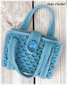 crochet school book cover pattern   Debs Crochet: My Crochet Today- Book / Bible Tote