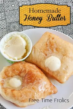 Homemade Honey Butter recipe ~ cup butter cup honey 1 tablespoon powdered sugar ~ Whip all ingredients together & Enjoy! Homemade Honey Butter Recipe, Flavored Butter, Chutneys, Mets, So Little Time, Diy Food, I Love Food, Pain, Fudge