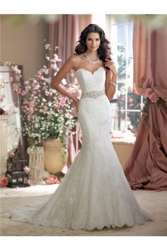 Mermaid Strapless Sweetheart Vintage Lace Crystal Pearl Wedding Dress