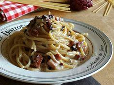 Linguine radicchio gorgonzola e speck