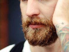 Homens barbudos são considerados mais atraentes, segundo pesquisa.