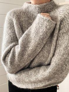 Free Knitting Patterns For Women, Beginner Knitting Patterns, Jumper Knitting Pattern, Jumper Patterns, Knitting Designs, Knit Patterns, Simple Knitting Projects, Knitting Terms, Hand Knitting