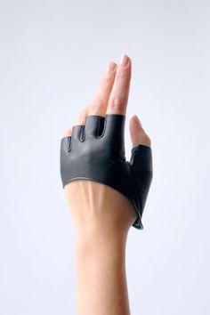 My fingerless half scoop leather gloves