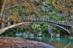 Πάγωσε το ποτάμι στο Ζαγόρι | SDNA