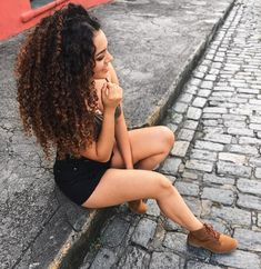 45 Elegant Naturally Curly Hair for Beautiful Women Hairstyles 2019 - Women Ways ! Long Curly Hair, Curly Girl, Curly Hair Specialist, Biracial Hair, Crimped Hair, Ebony Girls, Queen Hair, Curled Hairstyles, Gorgeous Hair