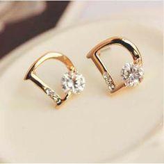Kuziduocai jewelry sparkling zircon letter d individuality stud earrings gifts statement brincos Dior Jewelry, Cute Jewelry, Luxury Jewelry, Jewelery, Jewelry Accessories, Women Jewelry, Jewelry Design, Rhinestone Earrings, Women's Earrings