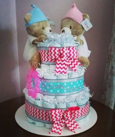 Give a custom Chevron & Polka #Twins #DiaperCake at the #BabyShower