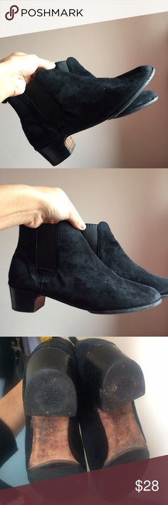 Suede Booties • suede material, black • size 42 (so bare in mind European shoes have a slightly different sizing and sure you can fit a size 42. Seems like a 10.5 US, I am an 11) • some spots that you can clean off, use a suede brush/cleaner • Questions? Just ask!  • Use the offer button to negotiate   ❤︎ @sabineforever | Instagram & Pinterest  ❤︎ sabineforever.com for style, beauty, lifestyle and more fashion & accessories. ❤︎personal shopping & styling services available. Inquire for more…