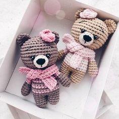 Mesmerizing Crochet an Amigurumi Rabbit Ideas. Lovely Crochet an Amigurumi Rabbit Ideas. Crochet Teddy Bear Pattern, Crochet Animal Patterns, Crochet Bunny, Crochet Dolls, Knitting Patterns Free, Stuffed Animal Patterns, Mini Amigurumi, Amigurumi Doll, Crochet Diy