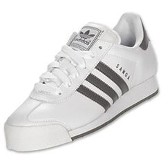 A true adidas classic that trumped '80s footwear. This timeless shoe is back to fix your fashion. Featuring full grain leather, suede toe overlay and trefoil traction rubber outsole.