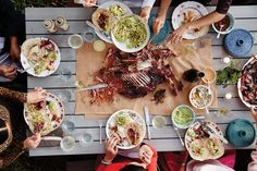 In a tribute to his hometown, San Antonio, the chef Quealy Watson cooks a Tex-Mex barbecue with Asian flavors and gathers friends to celebrate the season.