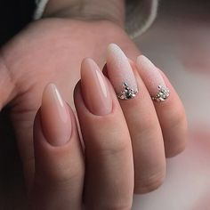 Want some ideas for wedding nail polish designs? This article is a collection of our favorite nail polish designs for your special day. Bride Nails, Wedding Nails, Gem Nails, Hair And Nails, Cute Nails, Pretty Nails, Orchid Nails, Classic Nails, Almond Acrylic Nails