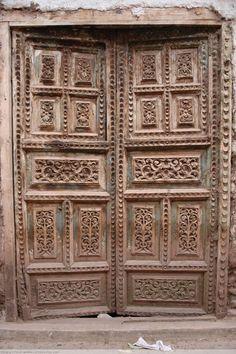 old carved door Grand Entrance, Entrance Doors, Doorway, Cool Doors, The Doors, Porte Cochere, Marrakech, Indian Doors, Castle Wall