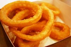 Old Fashioned Onion Rings are the most delicious recipe I ever tasted. A former employee of a popular drive-in restaurant cooks this recipe the first time Davita Recipes, Kidney Recipes, Diabetic Recipes, Diet Recipes, Healthy Recipes, Low Sodium Diet, Low Sodium Recipes, Chicken In Foil, Dry Bread Crumbs
