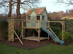 parque infantil con casa