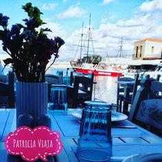 Tá na hora de uma pausa ... Santorini, Creta, Greece, Table Decorations, Instagram Posts, Fun, Travel, Home Decor, Athens