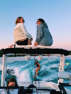 Discover ideas about summer pictures Best Friend Pictures, Bff Pictures, Friend Pics, Cute Friends, Best Friends, Summer With Friends, Happy Friends, Summer Vibes, Summer Nights