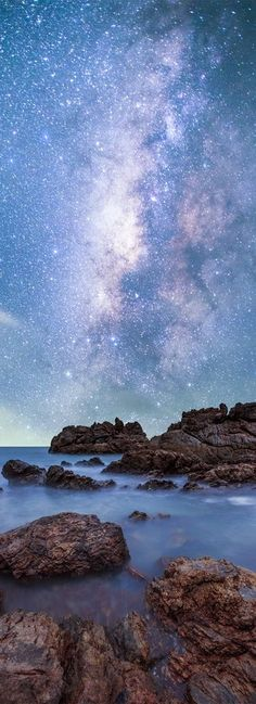 Starry seascape (the Milky Way, Chantaburi, Thailand) by Preedee Kanjanapongkul on Beautiful Sky, Beautiful World, Beautiful Places, Image Ciel, Sky Full Of Stars, To Infinity And Beyond, Nature Pictures, Night Skies, Pretty Pictures
