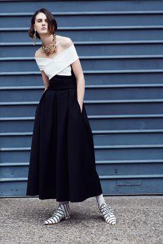 http://www.vogue.com/fashion-shows/resort-2018/preen-by-thornton-bregazzi/slideshow/collection