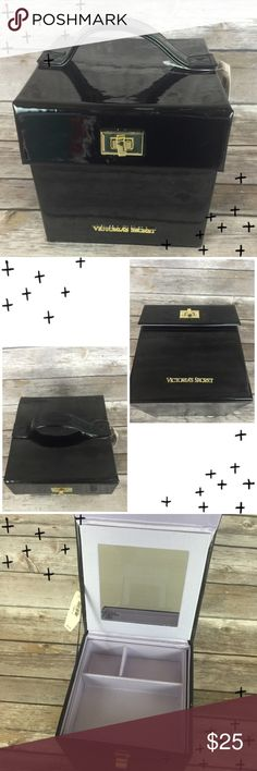 Victoria's Secret Shiny Black Makeup Train Case Glossy black square train case. Handle on top. Fastens closed w/ gold hardware. Lift out tray inside. NWT MSRP $40.00. Victoria's Secret Bags Cosmetic Bags & Cases