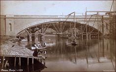 PRINCES BRIDGE - MELBOURNE: c.1884