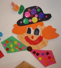 Knippen Clown Een goede knipoefening. De kinderen knippen de mallen uit en vouwen 16 vierkantjes. De hoeken worden allemaal ingevouwen. De strik is van vliegers gemaakt. Het hele geheel aan elkaar vast plakken en versieren. De bloem op de hoed hebben de kinderen zelf 'ontworpen'. De bloemen zijn op groene rietjes geniet.